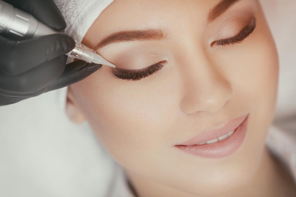 Makijaż permanentny - sposób na piękny wygląd i oszczędność czasu