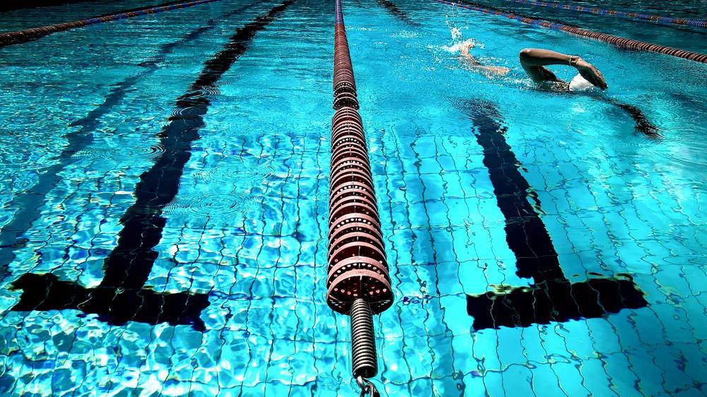 Aerobik w wodzie – znakomita forma spędzenia aktywnie czasu wolnego